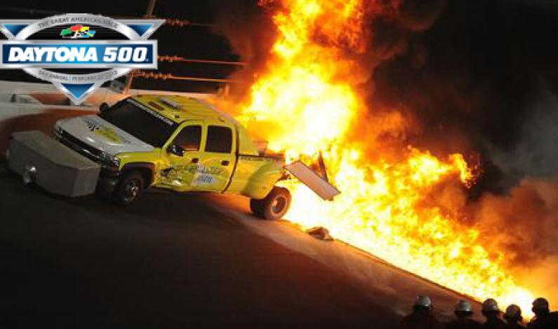 Juan Pablo Montoya slams into a jet drier @ Daytona 500